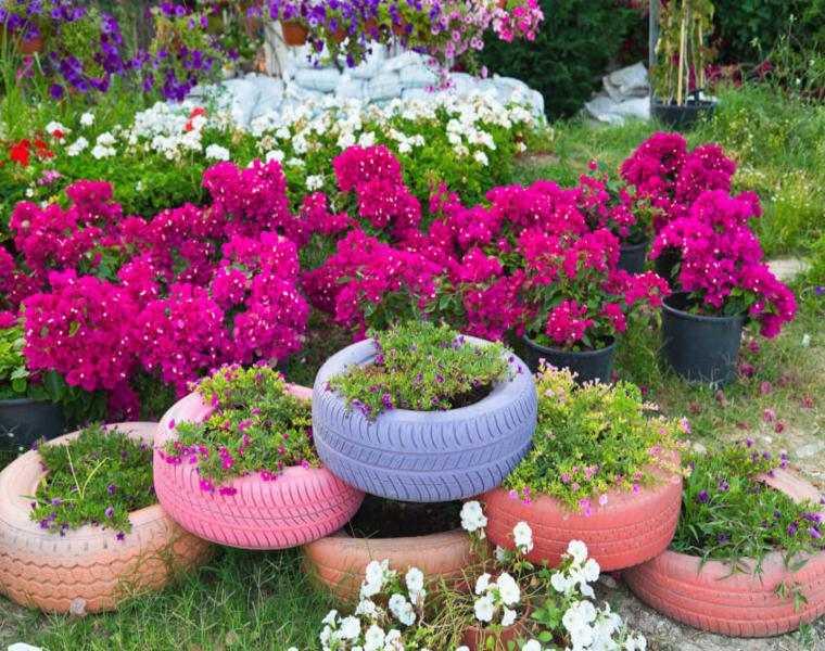 decoracion jardin plantadores flores