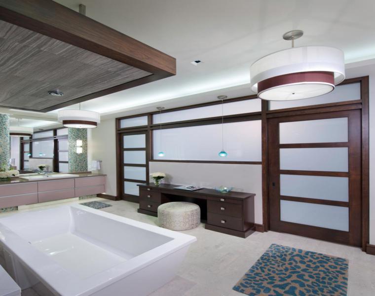 acento color felpudo bañoo