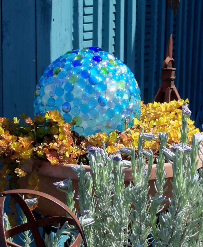 azules claros bolas materiales pequeñas