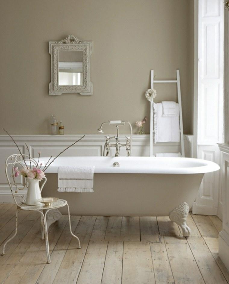 bañera independiente estilo vintage