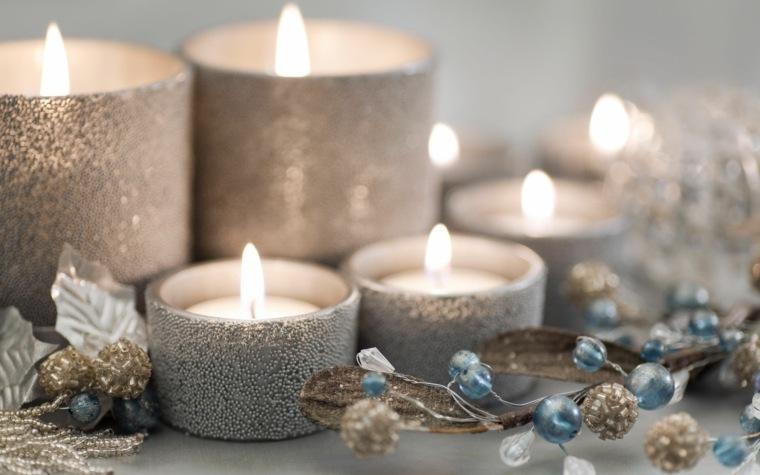 bonita decoracion velas plateadas