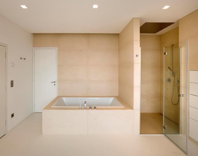 bonito diseño baño color beige