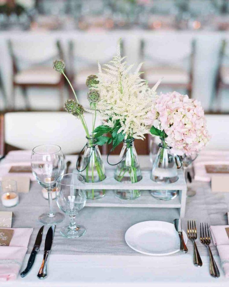 Centros de mesa sencillos para boda y consejos for Arreglos de rosas sencillos