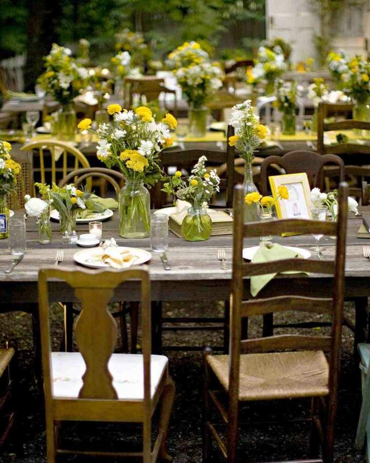 centros de mesa sencillos para bodas flores silvestres ideas