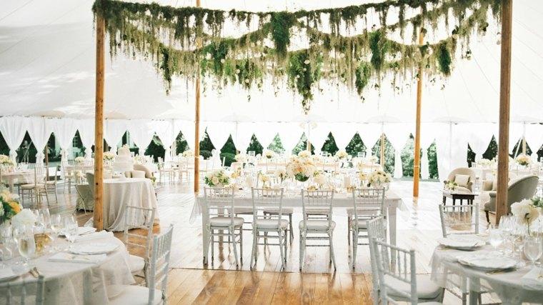 centros de mesa sencillos para bodas guirnaldas flores ideas