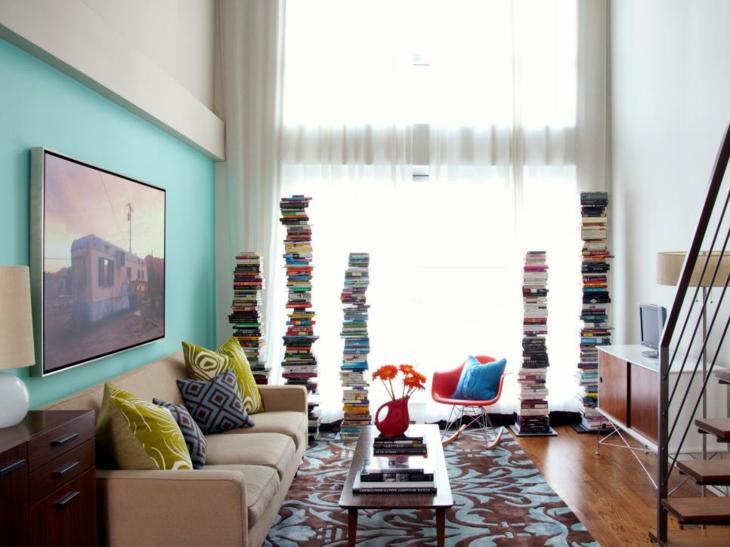 cuadros coloridos cojines madera colores