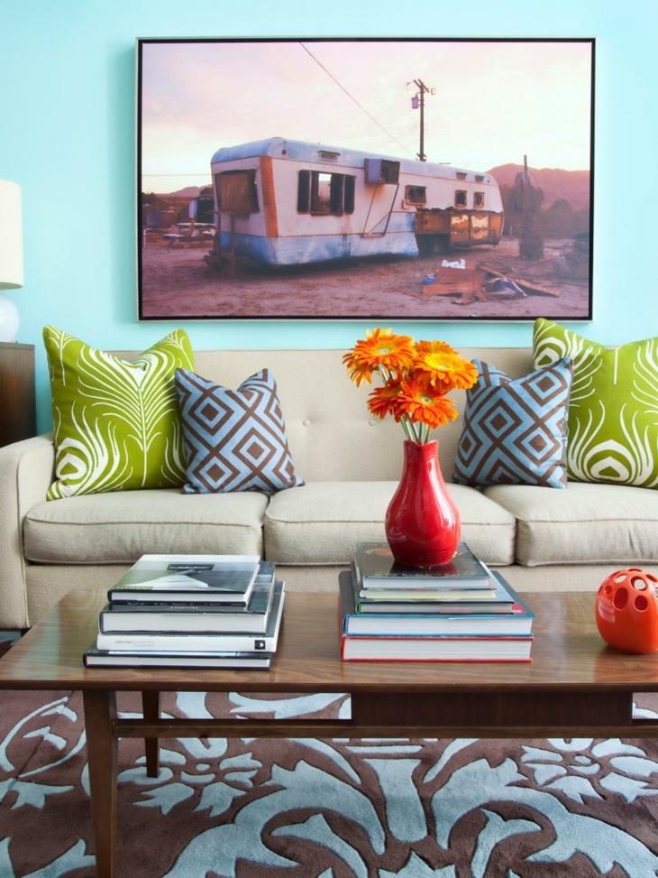 Cuadros para decorar sobre el sof con efectos creativos for Como hacer un cuadro con fotos familiares