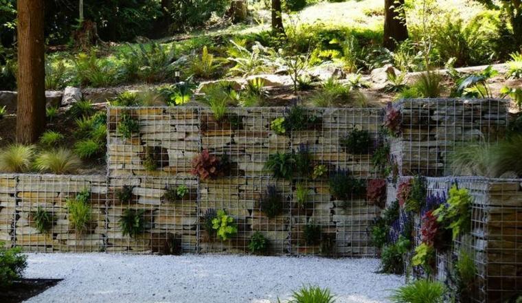 decoración gavion piedras plantas