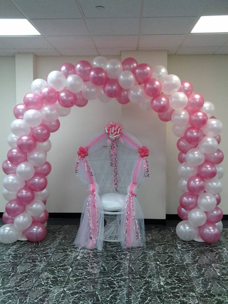 Decoracion con globos interesantes ideas para cualquier for Arreglos de salon con globos