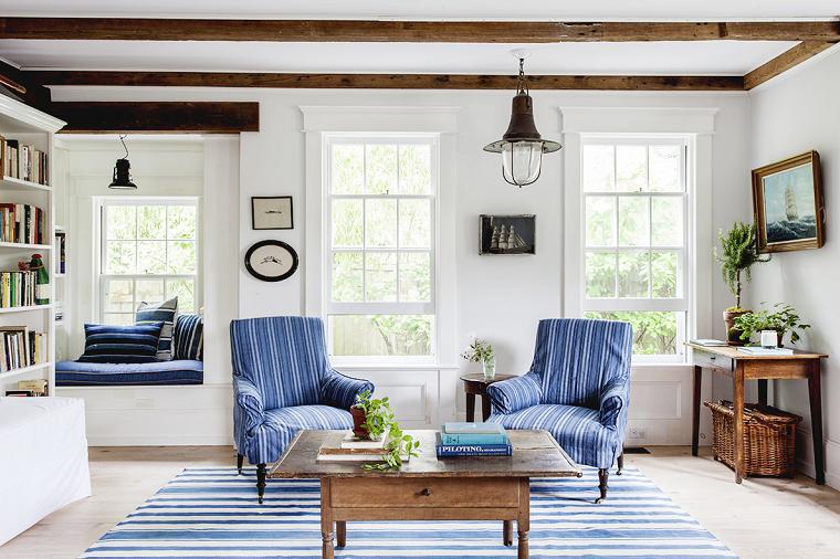 decoracion de interiores verano alfombra sillones azules ideas