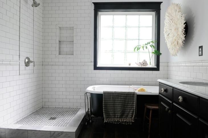 decoracion vintage baños negro oscuro espejos
