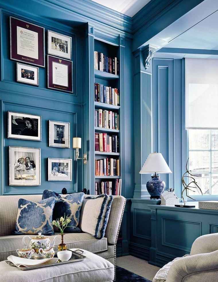 diseno clasico pared azul lugar libros cuadros ideas