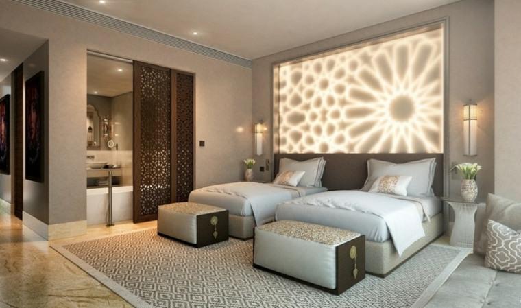 Dormitorios originales con iluminaci n brillante - Dormitorios con dos camas ...