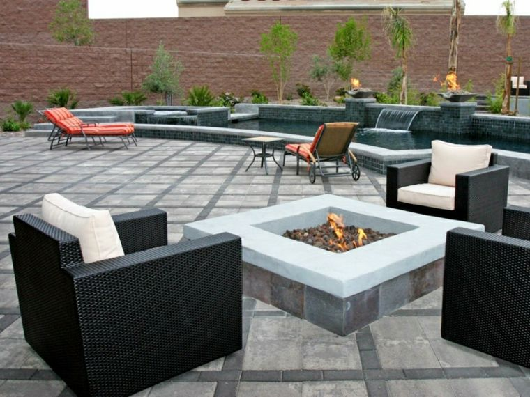 estupendo diseño jardin chimenea cuadrada