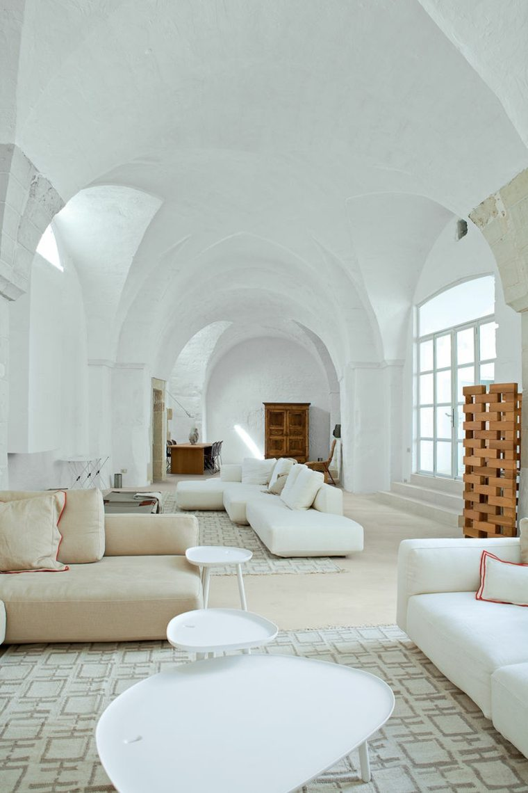estupendo salon lujoso blanco