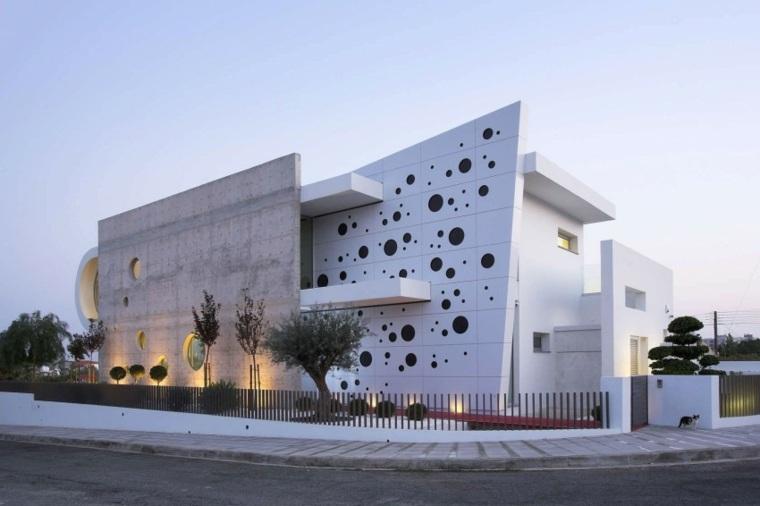 fachada chipre M.O.B Interior Designs
