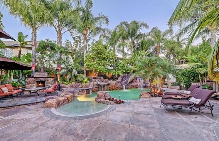 Fotos de piscinas y muebles de jard n muy atractivos for Piscinas de jardin