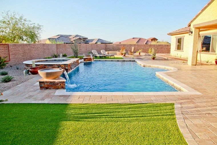 fotos piscinas muebles jardin amplio cesped ideas