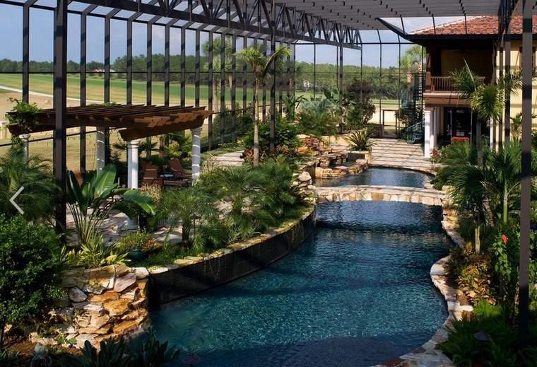 Fotos de piscinas y muebles de jardín muy atractivos -
