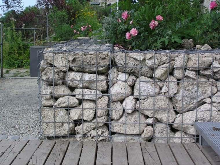 gavion rocas piedras grandes camino