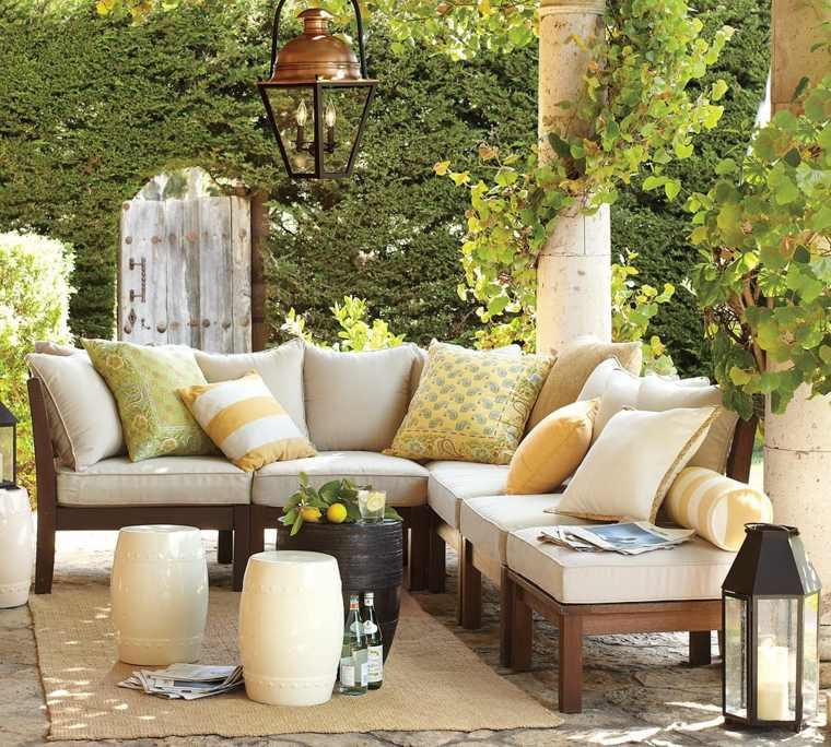 iluminacion farolas grandes jardin muebles madera ideas