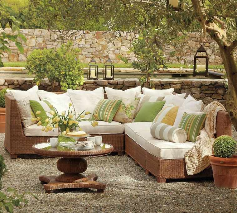 iluminar jardin moderno farolas arboles jardin ideas