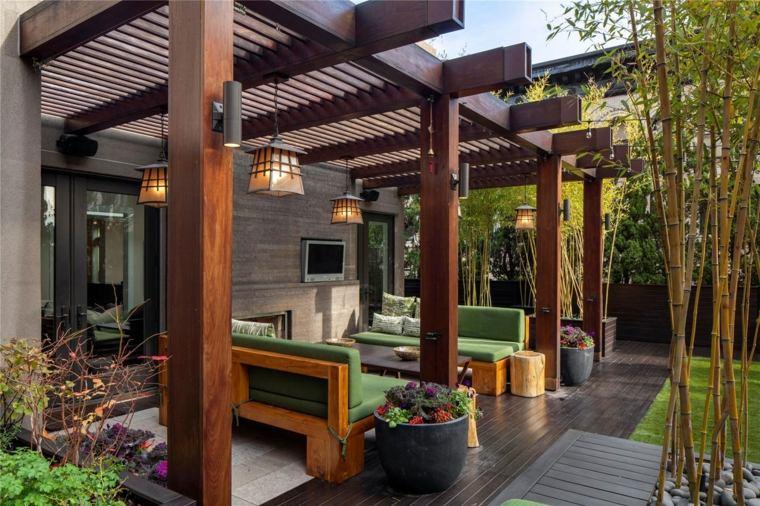 iluminar jardin moderno farolas patio abierto pergola madera ideas