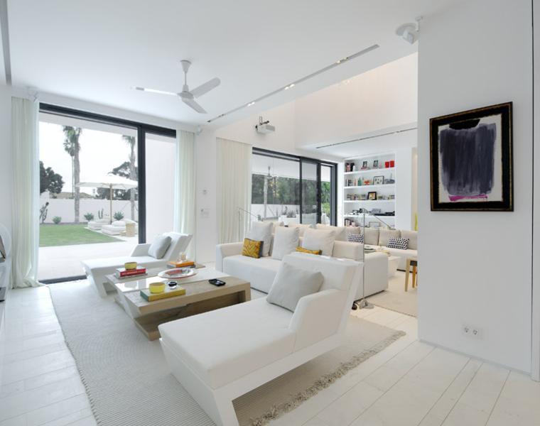 interiores estilo modenro blanco