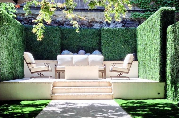 Jardín secreto lejos de las miradas indeaseadas -