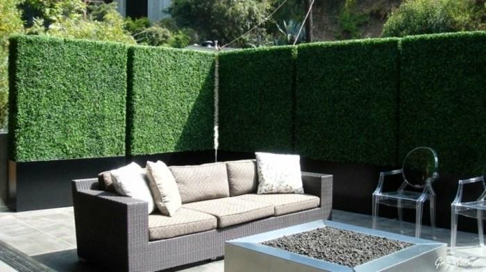 jardin vertical plantas muebles exteriores sillas