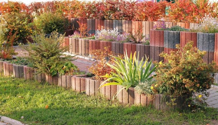 jardineria hormigon colores simples cesped