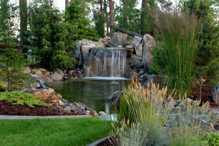Jardines cascadas en 42 incre bles ideas creativas for Cascada artificial en pared