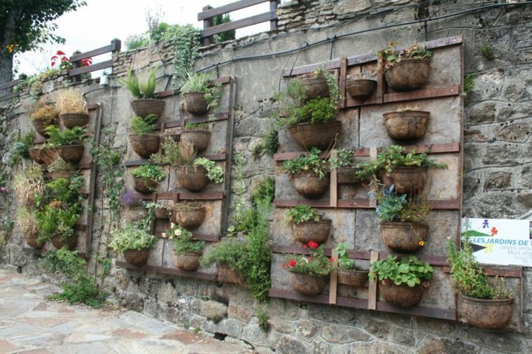 jardineras verticales estilo rústico