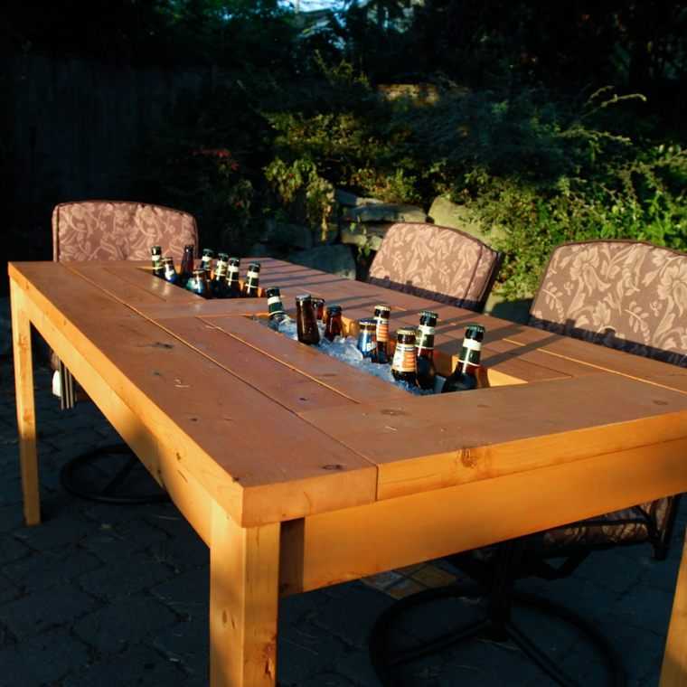 mesa jardin madera compartimento bebidas