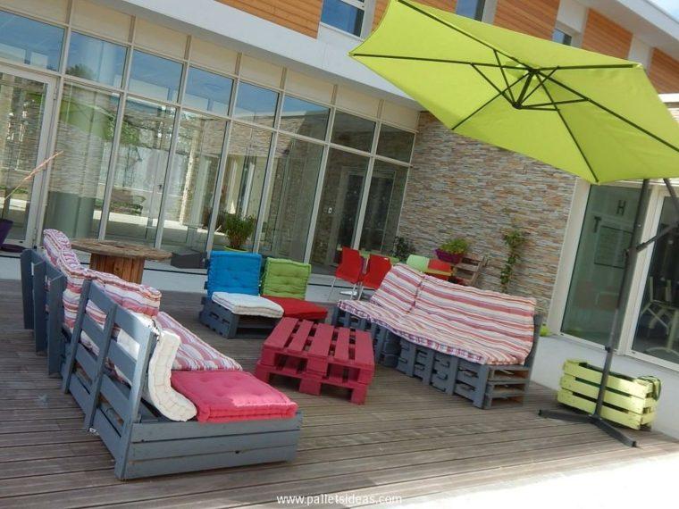 muebles pallet colores terraza