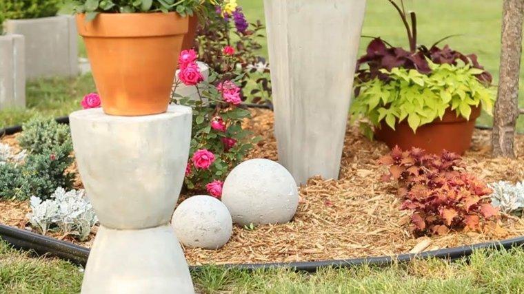 Adornos para jardin 24 ideas frescas para esta temporada - Jardineras de cemento ...