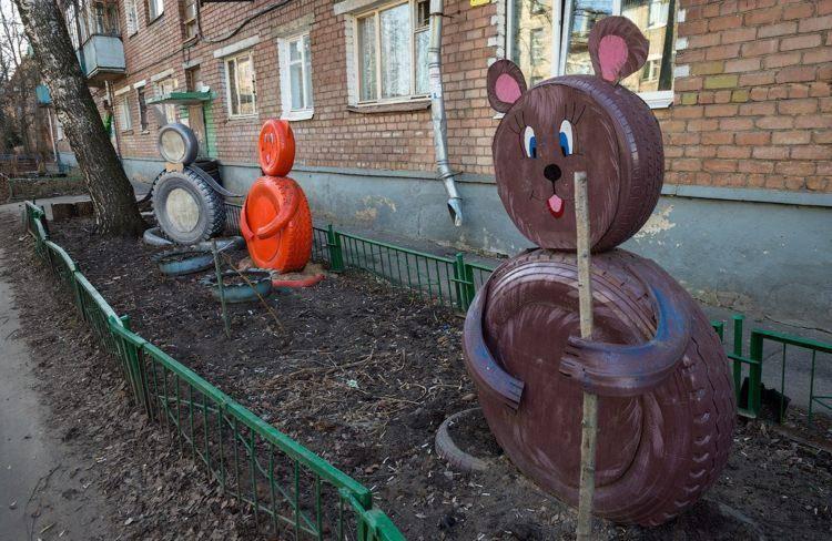 originales osos decorativos ruedas viejas