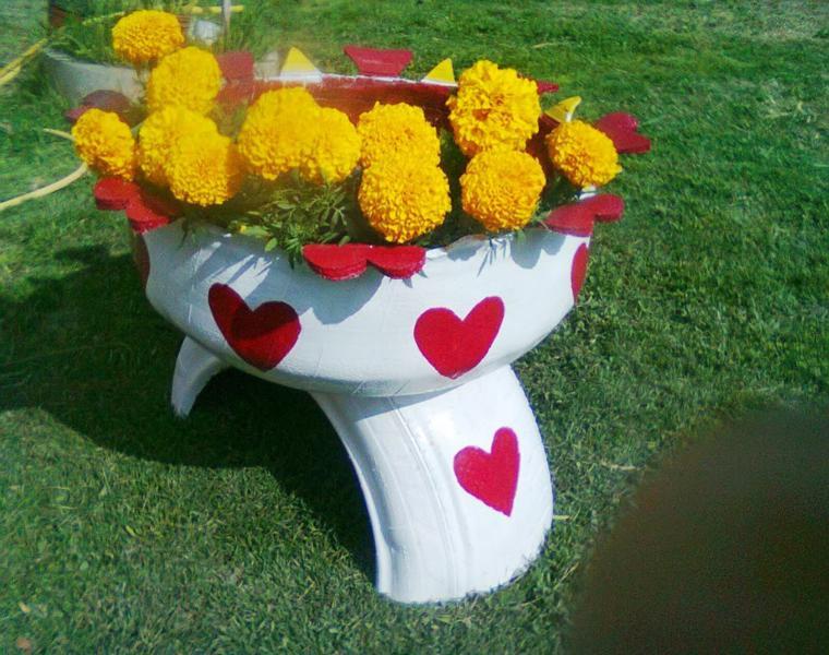 original jardinera corazones rojos