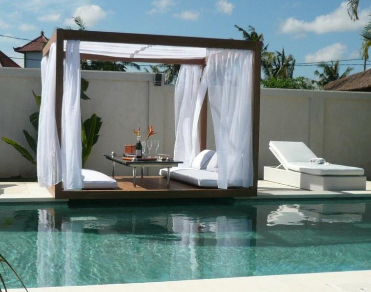 pergola madera cortinas blancas aire libre ideas