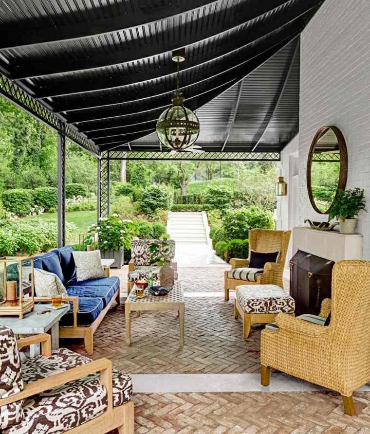 pergola negra muebles madera jardin moderno ideas