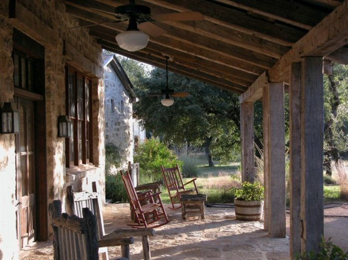 porches rusticos sillas madera opciones originales ideas
