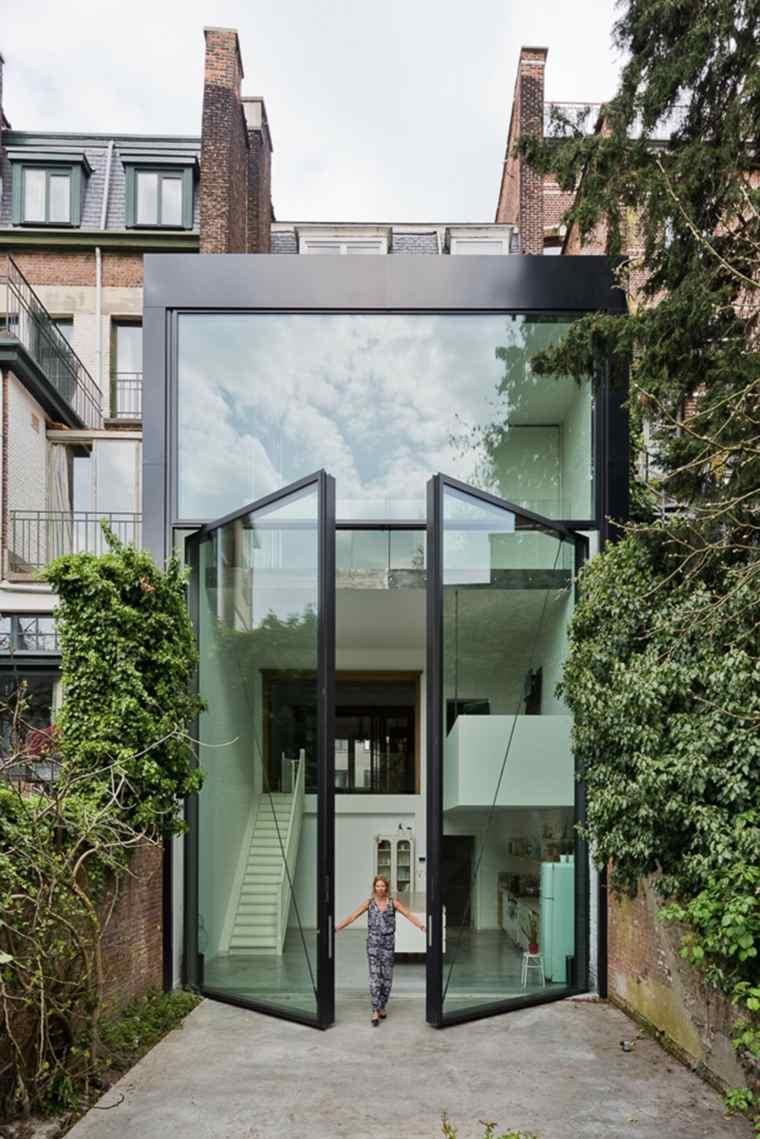 portones grandes vidrio lujosos metal