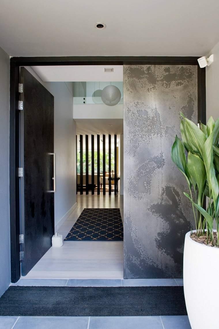 puerta acabado efecto hormigón gris
