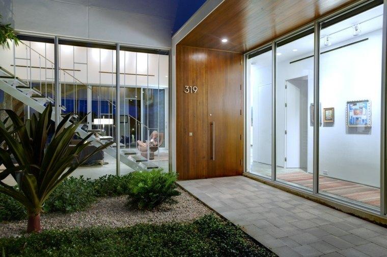 puerta entrada numeros modernos madera