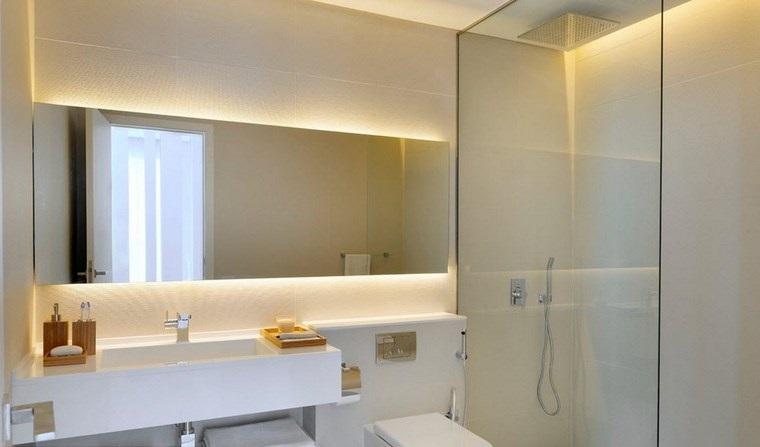 Reformar ba o e iluminarlo correctamente for Espejo rectangular grande