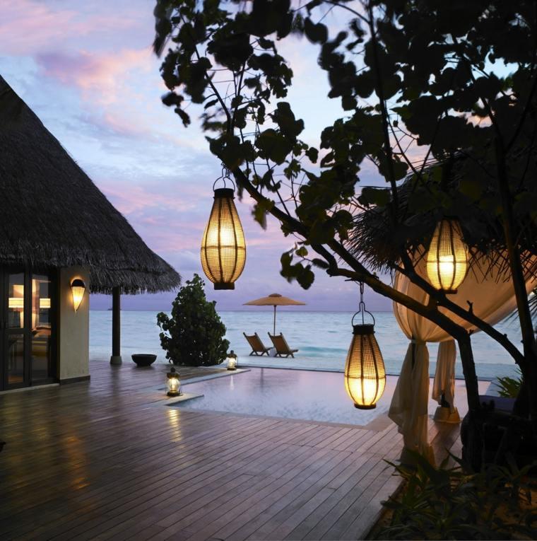 terrazas decoradas iluminadas farolas cogantes arbol ideas