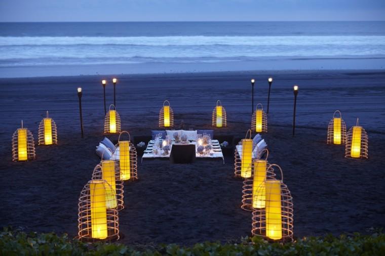 terrazas decoradas iluminadas lamparas suelo romanticas ideas