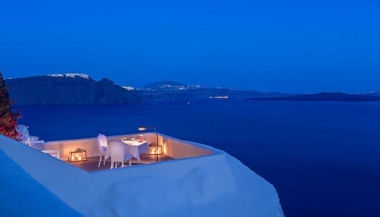 terrazas decoradas iluminadas orilla mar vistas noche ideas