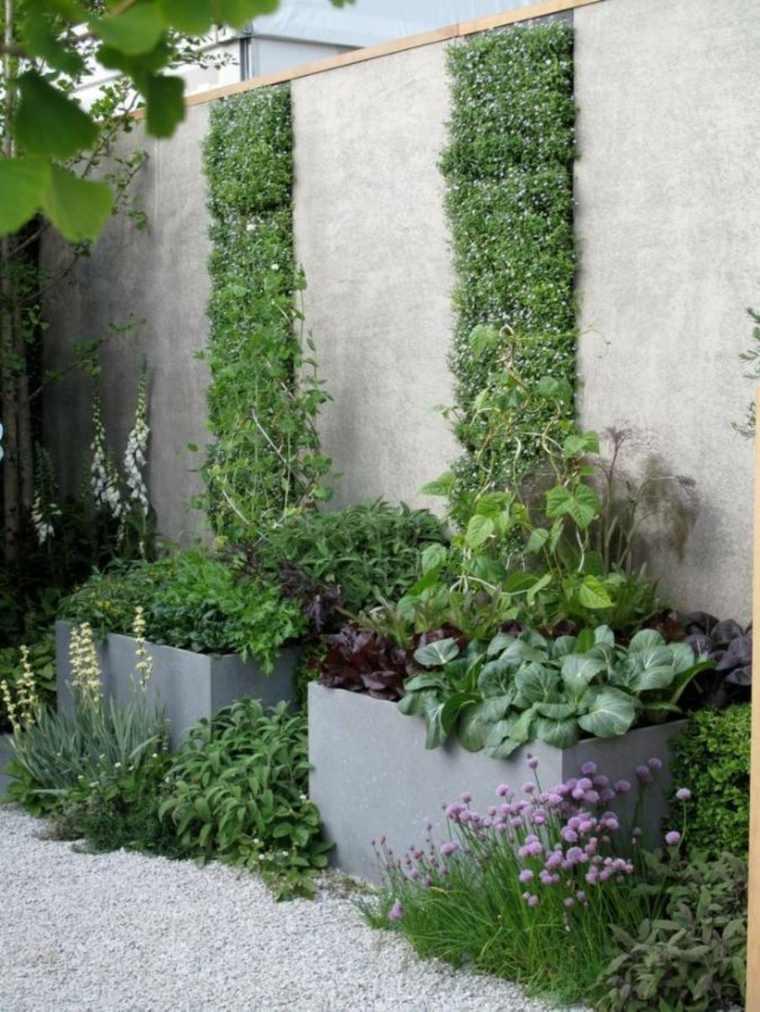 Ideas para jardines verticales veinticuatro dise os for Plantas recomendadas para jardin vertical
