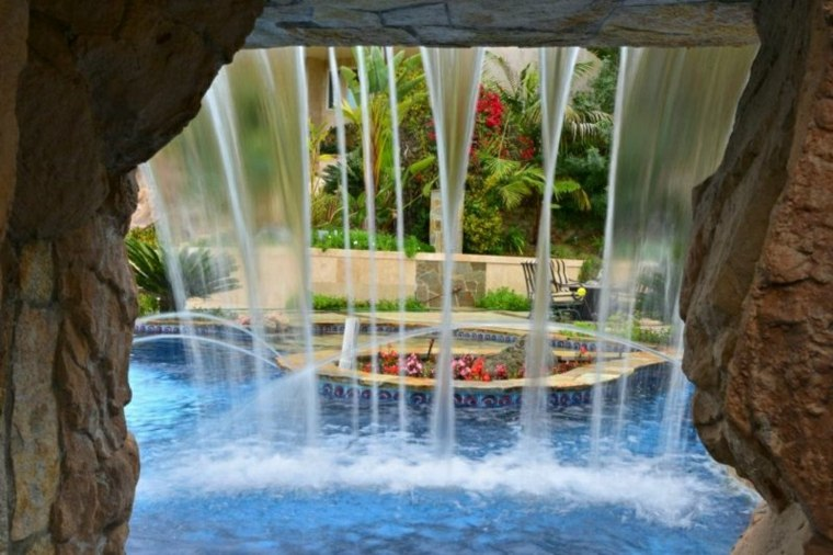 Jardines cascadas en 42 incre bles ideas creativas for Cascada exterior